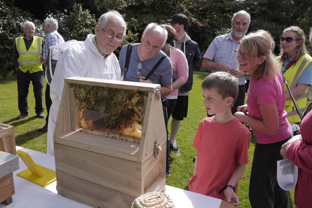 The North Kildare Beekeepers Demonstration @ Stable Wing | Celbridge | County Kildare | Ireland